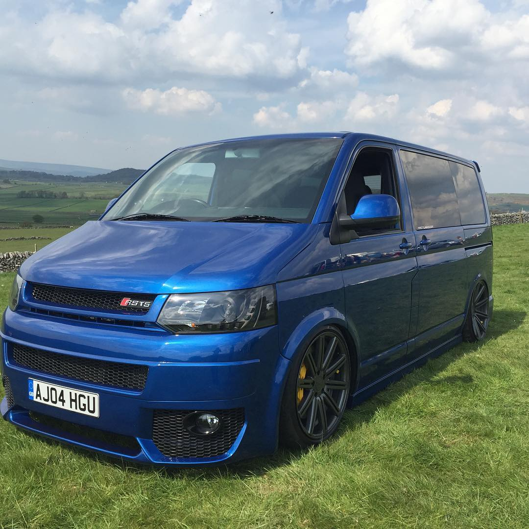 awd vw transporter rs4 v8 twin turbo with 745hp and 812nm. Black Bedroom Furniture Sets. Home Design Ideas