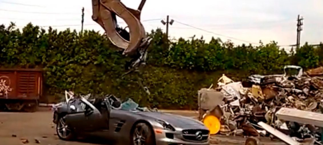 SLS AMG Destroyed