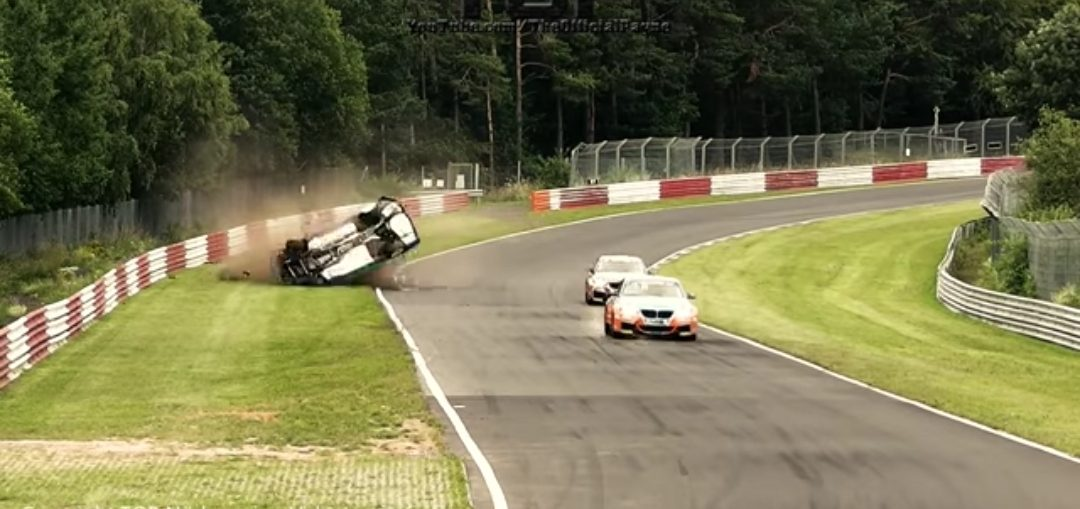 CRASH ROLLOVER NÜRBURGRING