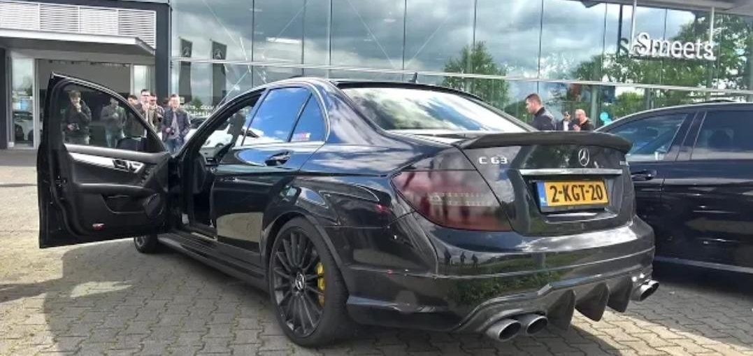 Mercedes-Benz C63 AMG with FULL LOUD iPE Innotech Exhaust