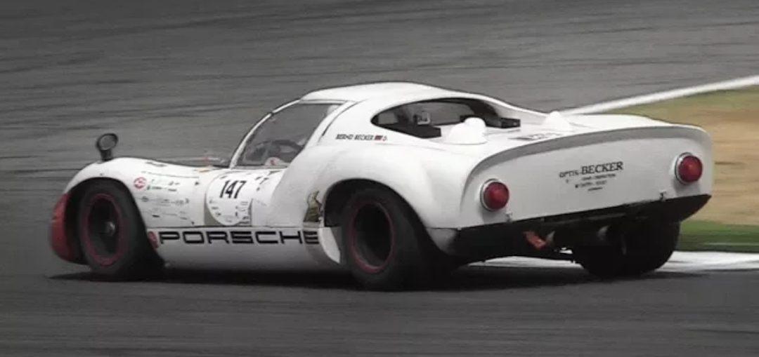 Porsche 910 Carrera sound acceleration