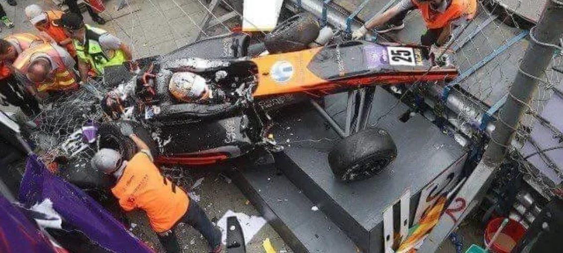 Huge Formula 3 Crash Macau Sophia